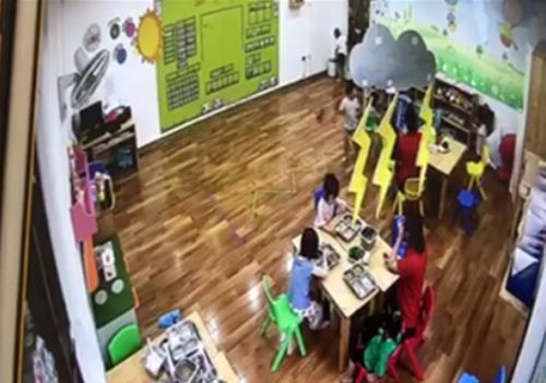 Sa thải 3 giáo viên vụ cơ sở Maple Bear Westlake Point nhốt trẻ vào tủ-1