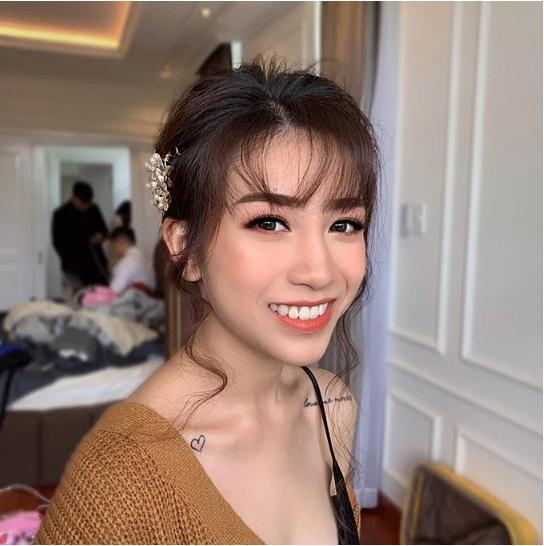 Con gái Minh Nhựa mặc váy cưới đuôi cá gợi cảm với sneaker, khoe hình xăm cực kỳ cá tính-10