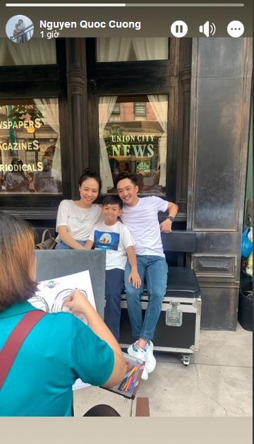 ẢNH HOT NHẤT NGÀY: Cường Đô La - Đàm Thu Trang - Subeo cùng nhau vẽ ảnh gia đình hạnh phúc-2