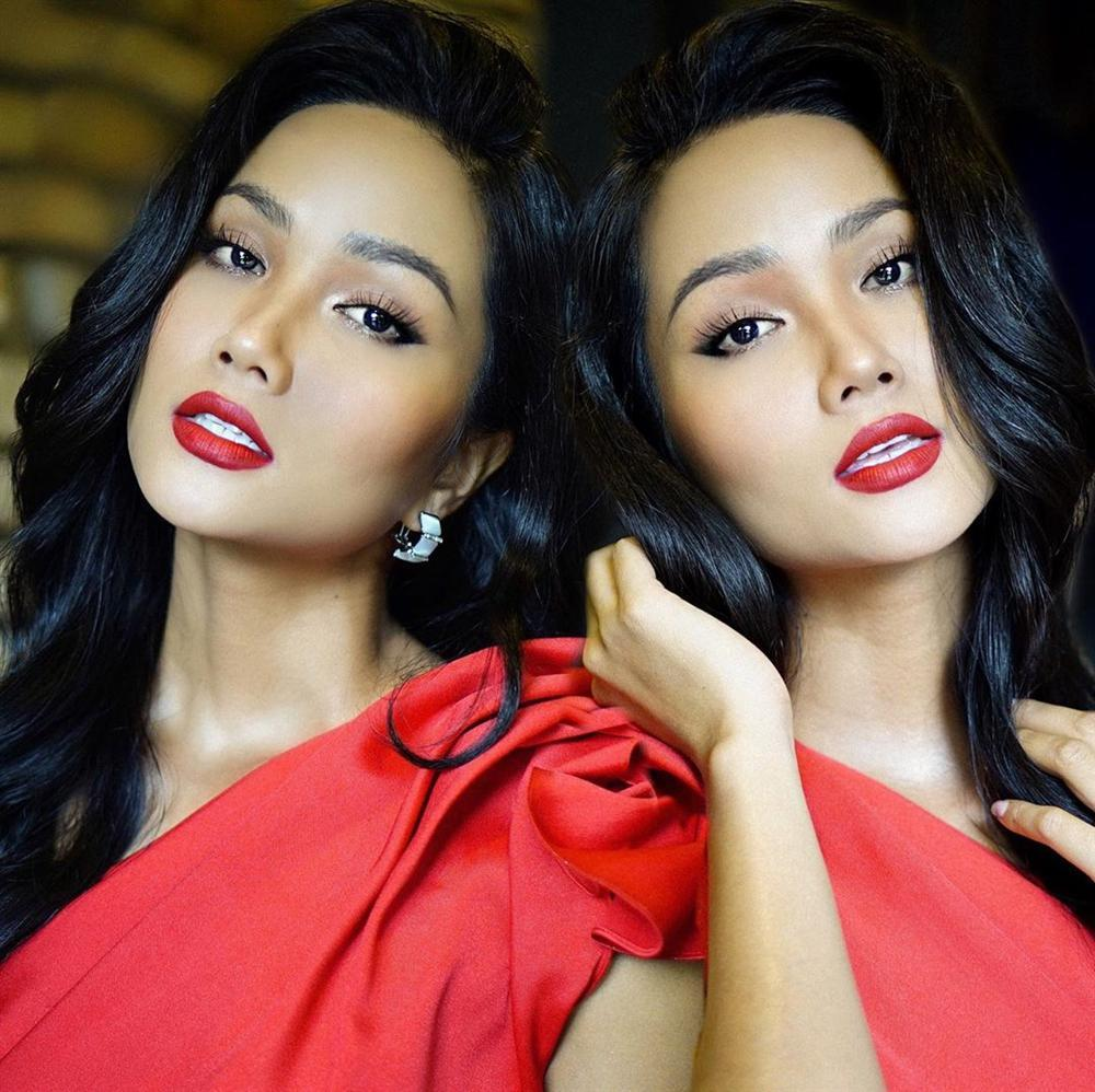 Bản tin Hoa hậu Hoàn vũ 19/8: HHen Niê áp đảo dàn mỹ nữ với kiểu tóc dài đẹp nhất từ trước tới nay-1