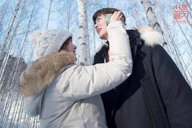 Chồng Goo Hye Sun ngoại tình với nữ CEO công ty quản lý?-2