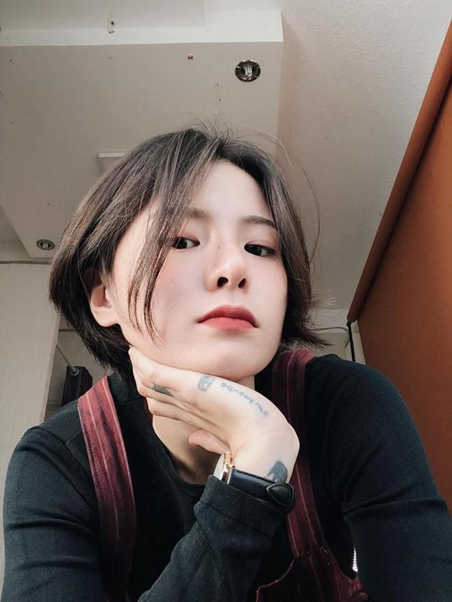Thử một lần chơi lớn cắt tóc ngắn, gái xinh Sài Gòn khiến dân tình ngất lịm khi nhìn thành quả-4