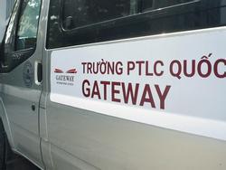 Người tung tin tài xế trường Gateway tử vong có thể bị xử lý hình sự?