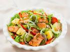 Salad cá hồi 'chuẩn healthy' cho bữa ăn nhanh gọn