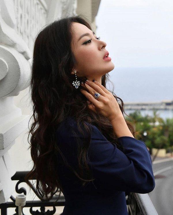Hậu ly hôn, Song Hye Kyo đẹp lên trông thấy còn Goo Hye Sun thì ngày càng phát tướng, luộm thuộm-7