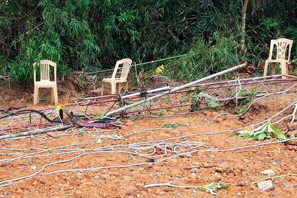 Gãy cột ăng ten ở Quảng Bình, 2 nhân viên Đài Truyền hình huyện tử vong-2