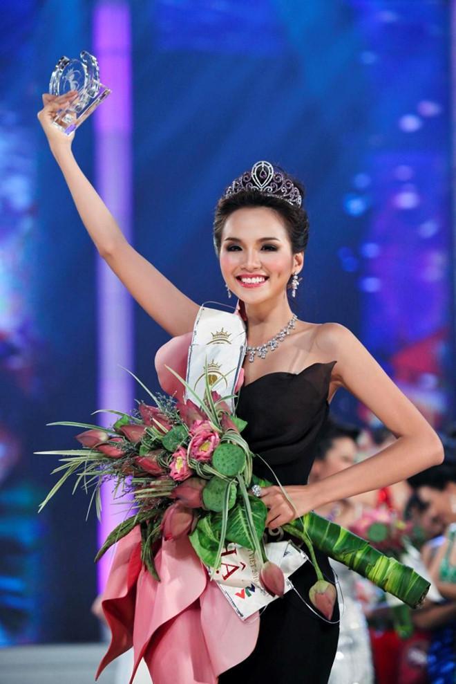 Hoa hậu Diễm Hương: Tôi mất hàng triệu đô trong 9 năm đăng quang-3