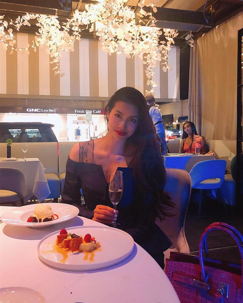 Hoa hậu Kỳ Duyên tiết lộ thú vui giải tỏa stress mỗi khi đêm về-10