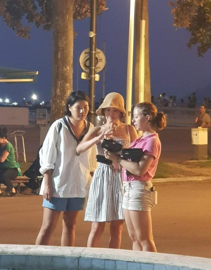 Song Hye Kyo vui vẻ đi du lịch cùng tiểu tam tin đồn ngay sau khi ly hôn Song Joong Ki-6