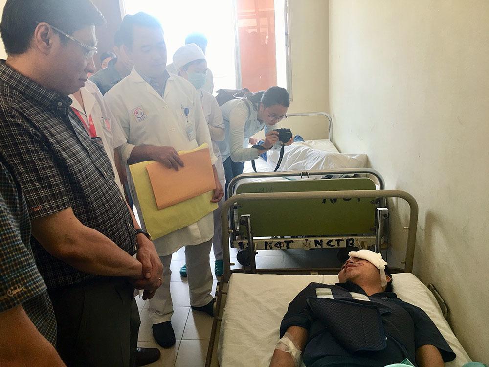 Giây phút cụ ông 91 tuổi văng khỏi xe thiệt mạng ở Khánh Hòa-3