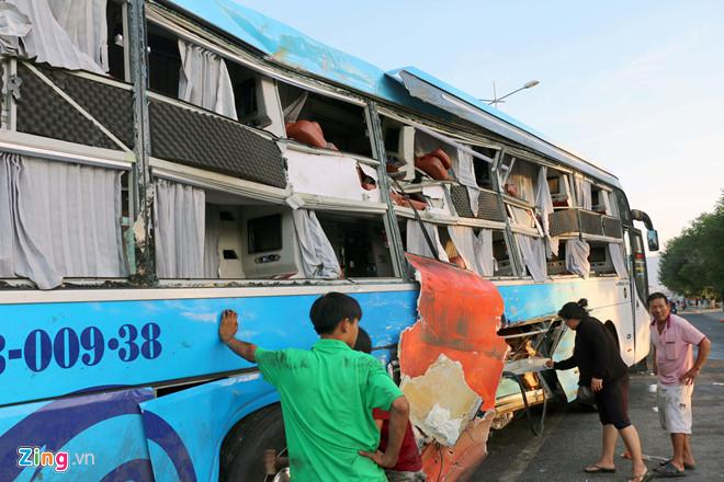 Xe khách Phương Trang tăng tốc 63 km/h khi xảy ra tai nạn-2