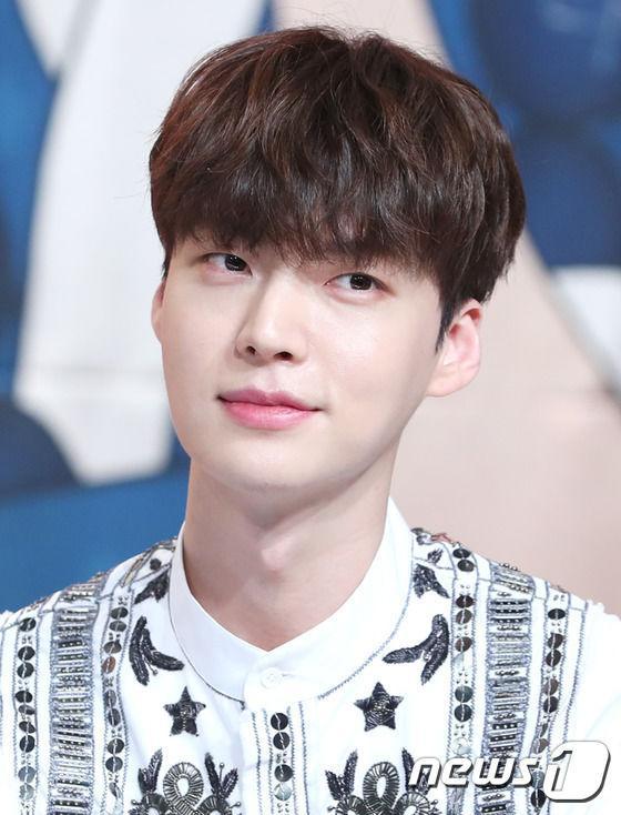 Ahn Jae Hyun tố Goo Hye Sun bóp méo sự thật, bị trầm cảm và đã đồng ý ly hôn vào 30/7-7