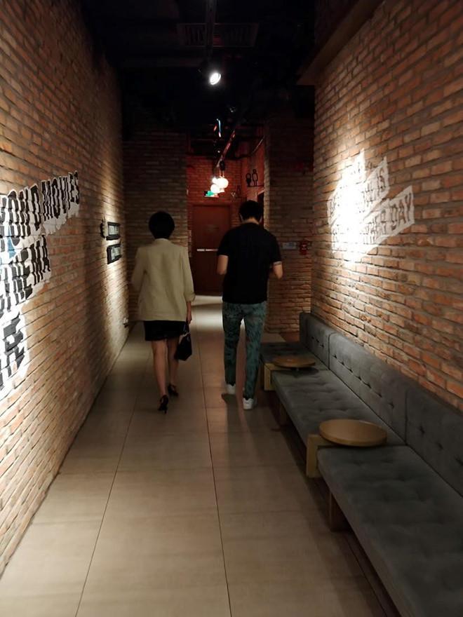 Ly hôn Trương Quỳnh Anh, Tim hẹn hò với bạn gái cũ của Karik?-1