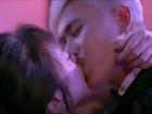 Nụ hôn 'ám ảnh' khi nam - nữ chính lệch tuổi, khác xa nhau về nhan sắc