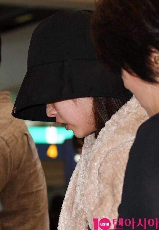 Mina lần đầu trở lại MXH cùng các thành viên TWICE sau thời gian điều trị khủng hoảng tâm lý-2
