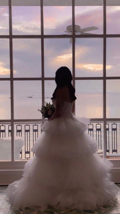 Không cá tính như khi chụp với siêu xe, con gái Minh Nhựa sexy hết nấc với váy cưới khoe vòng 1 cực khủng-3