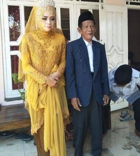 Mặc kệ đúng sai, cô gái 27 tuổi kiên quyết cưa đổ cụ ông 83 để được nên duyên vợ chồng gây xôn xao-1