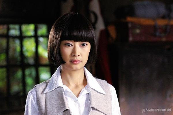 Mỹ nhân Hoa ngữ vác bụng bầu lên phim trường: Người bị sảy thai, kẻ hứng chịu chỉ trích-6