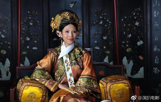 Mỹ nhân Hoa ngữ vác bụng bầu lên phim trường: Người bị sảy thai, kẻ hứng chịu chỉ trích-9