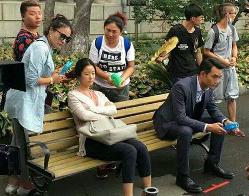 Mỹ nhân Hoa ngữ vác bụng bầu lên phim trường: Người bị sảy thai, kẻ hứng chịu chỉ trích-13