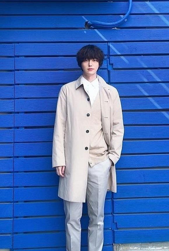 Chê vợ không quyến rũ nhưng Ahn Jae Hyun lại sở hữu gu thời trang nhạt nhòa khiến người hâm mộ ngán ngẩm-2