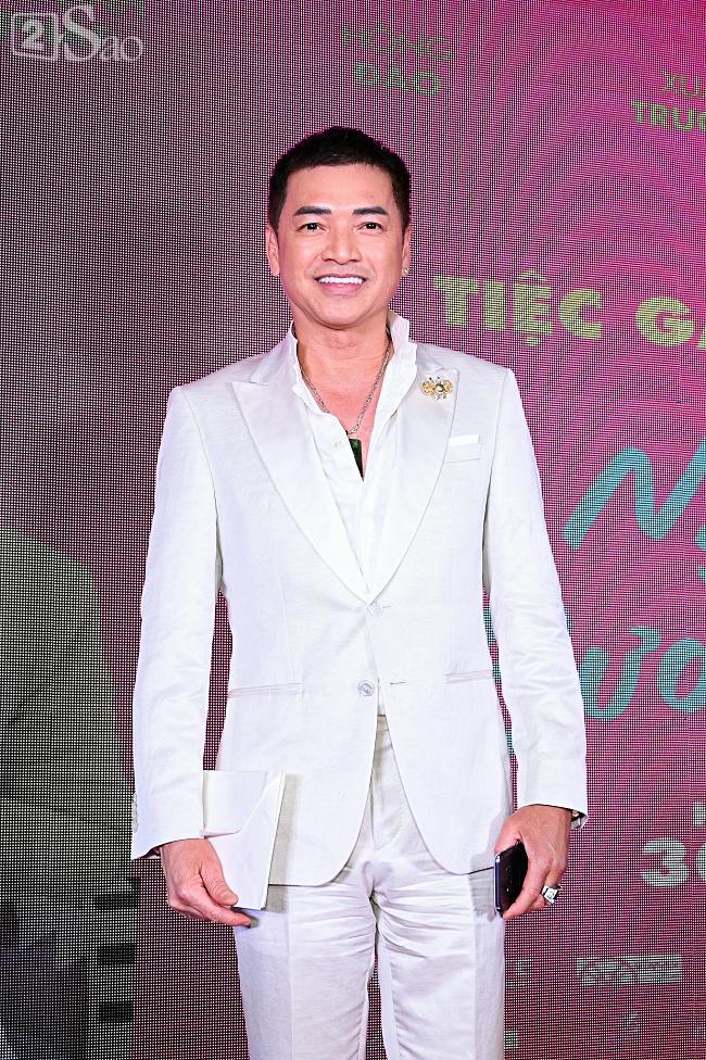 Tưởng Hồng Đào vắng mặt, ngờ đâu vẫn xuất hiện bên cạnh Quang Minh trong họp báo phim-2