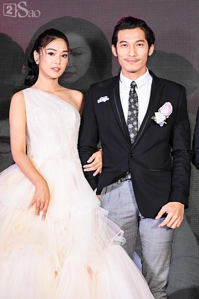 Tưởng Hồng Đào vắng mặt, ngờ đâu vẫn xuất hiện bên cạnh Quang Minh trong họp báo phim-7