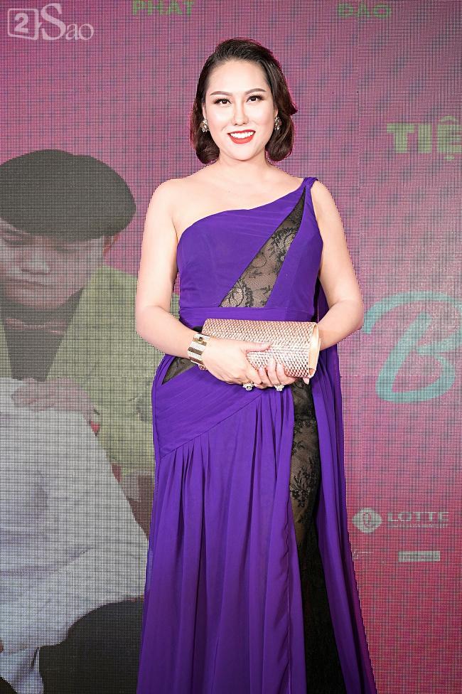 Tưởng Hồng Đào vắng mặt, ngờ đâu vẫn xuất hiện bên cạnh Quang Minh trong họp báo phim-17
