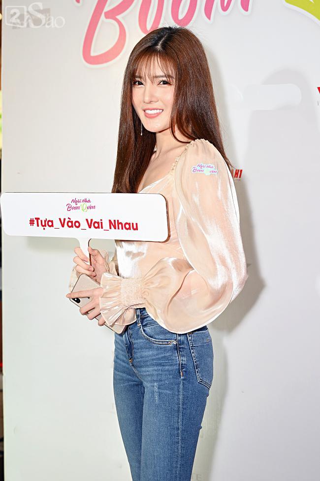 Tưởng Hồng Đào vắng mặt, ngờ đâu vẫn xuất hiện bên cạnh Quang Minh trong họp báo phim-12