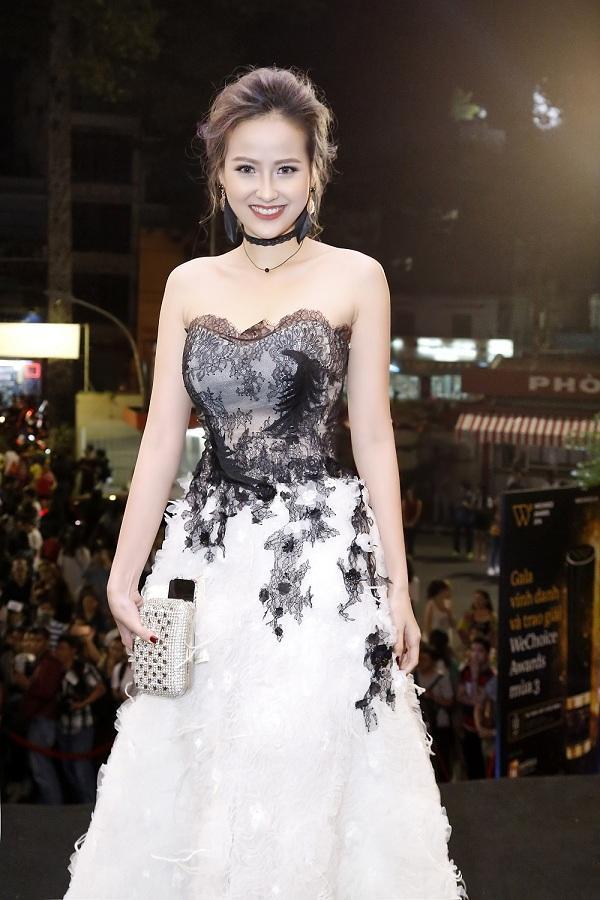 Hoa hậu Hoàn Cầu Khánh Ngân lộ thân hình mỡ màng, phát tướng đến không nhận ra-7