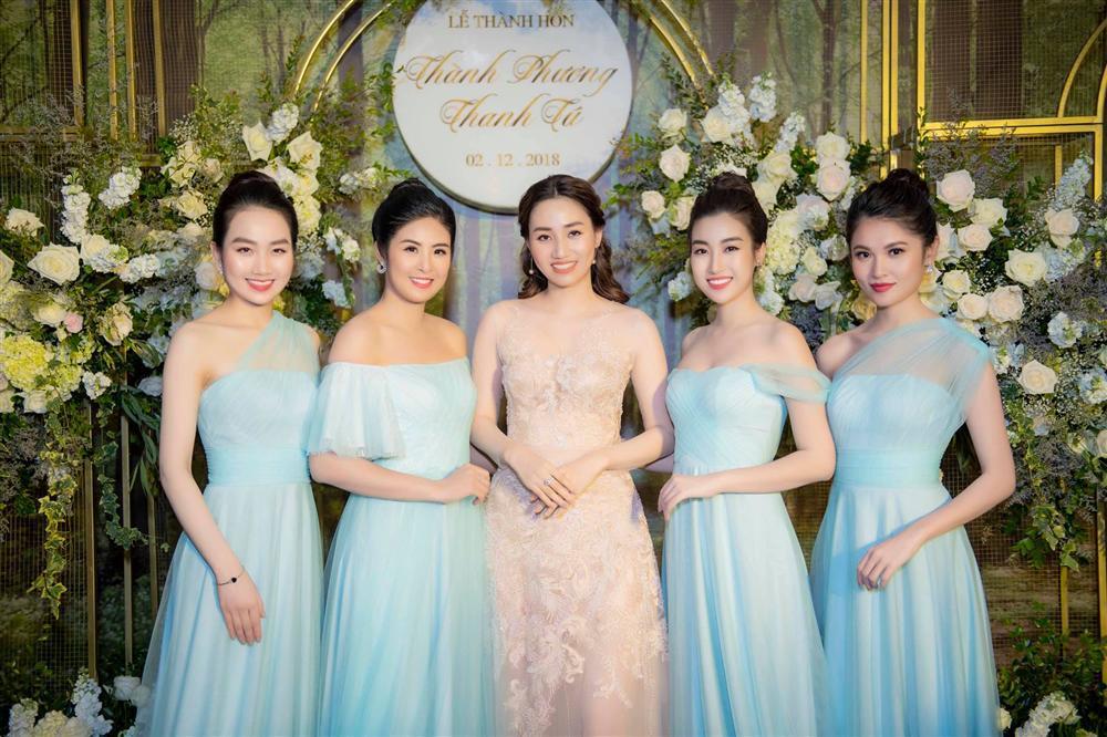 Hoa hậu Đỗ Mỹ Linh bị bóc mẽ gian lận chiều cao khi đứng giữa dàn mỹ nhân-11
