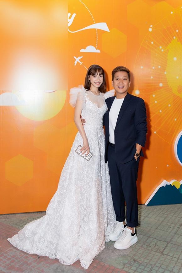 Sau khi lấy chồng, Nhã Phương - Hari Won lên đời nhan sắc, liên tục lọt top sao mặc đẹp-7