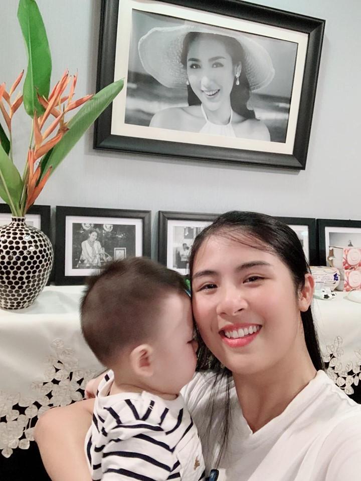 Trước khi lấy chồng, Hoa hậu Ngọc Hân đặt hàng con trai Á hậu Tú Anh lăn giường tân hôn lấy may-2