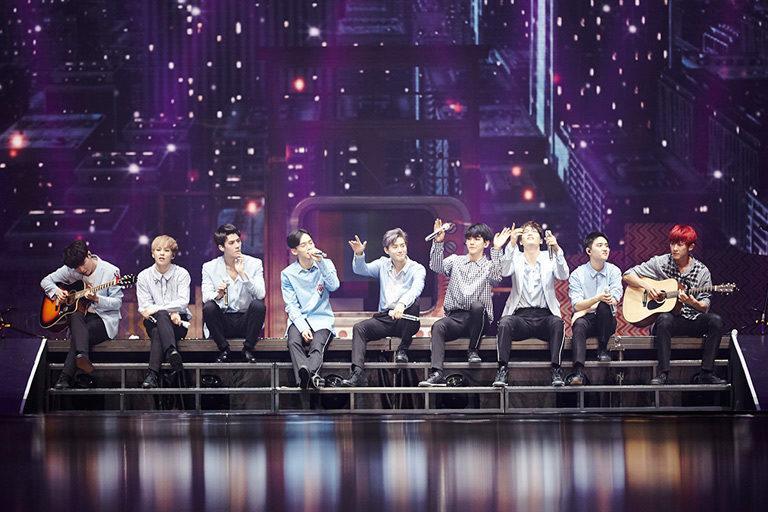 Hâm mộ thần tượng đến mu muội, fan nữ Đài Loan sẵn sàng bán dâm đổi vé xem concert EXO-1