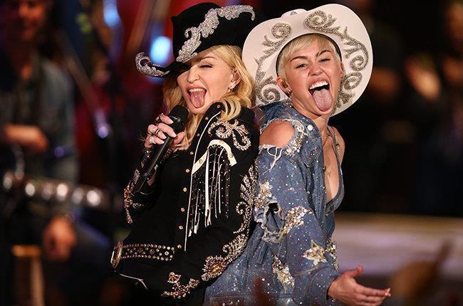 Madonna động viên Miley Cyrus sau khi ly hôn Liam Hemsworth-1