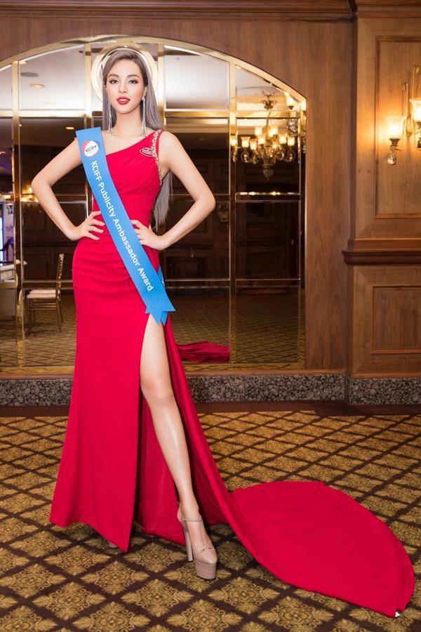 Thi sắc đẹp mãi không chán, Khả Trang tiếp tục đạt thành tích cao tại Hàn Quốc-1
