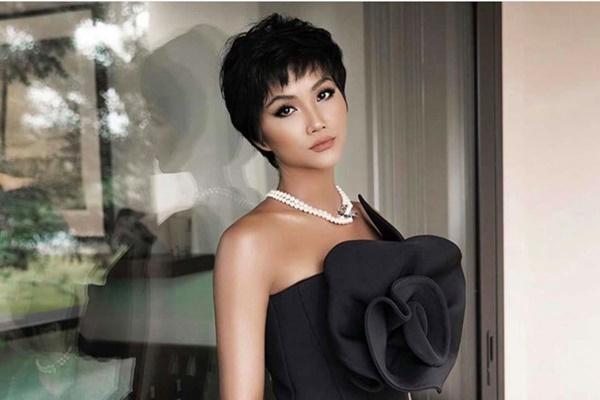 Hoa hậu HHen Niê trông như người khác mỗi lần thay đổi kiểu tóc-9