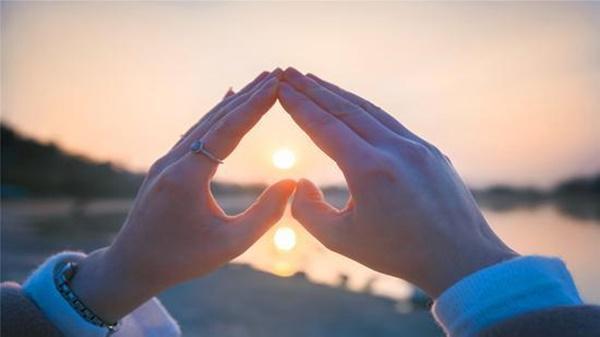 VZN News: Muốn hôn nhân thăng hoa, vợ nên học cách chủ động-1