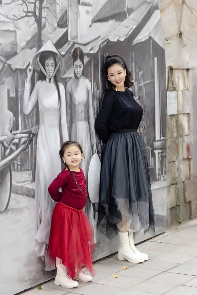 Mẹ ruột Bảo trong Về nhà đi con - Maya từng là nhân vật chính của cuộc đấu đá người thứ 3 kịch tính nhất showbiz Việt giờ lại có cuộc sống không ai ngờ tới-9