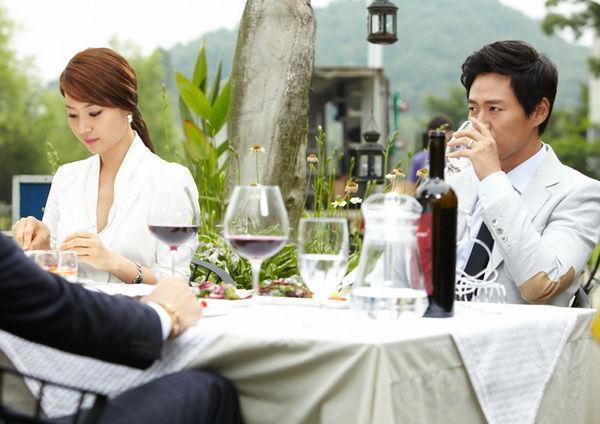 VZN News: Lương 10 triệu có nên lấy vợ? - Câu hỏi gây tranh cãi nhất MXH những ngày này-3
