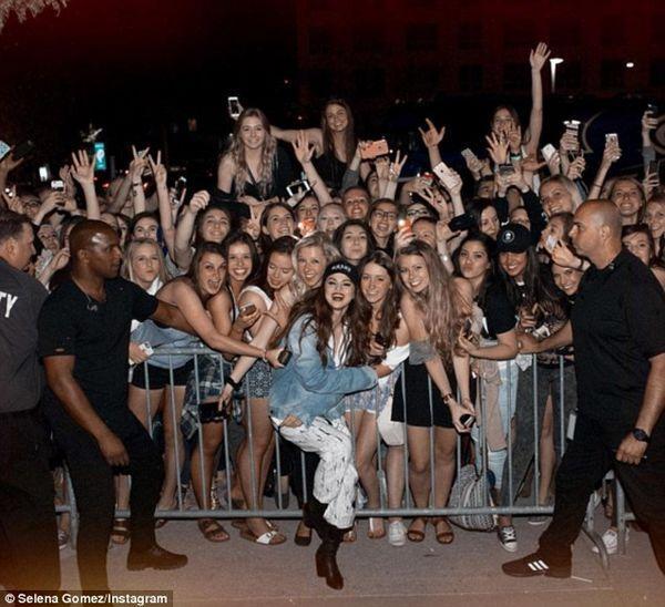 Selena Gomez - Nàng chẳng cần ra nhạc vẫn khiến khán giả yêu mến mình vì điều này-5