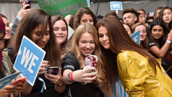 Selena Gomez - Nàng chẳng cần ra nhạc vẫn khiến khán giả yêu mến mình vì điều này-6