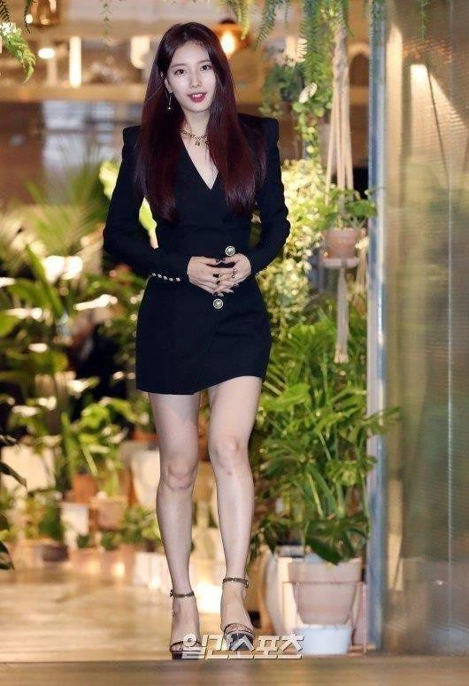Fan tranh cãi khi Yoona đụng hàng váy 2.100 USD với 2 mỹ nhân Hàn-5