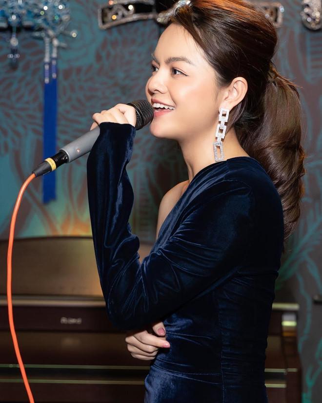 Phạm Quỳnh Anh tuổi 35 - cú sốc ly hôn và lột xác ngày càng gợi cảm-6