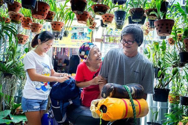 Ngưỡng mộ tình yêu đẹp của vợ chồng phượt thủ U70 và lời hứa cùng nhau đi hết Việt Nam-3