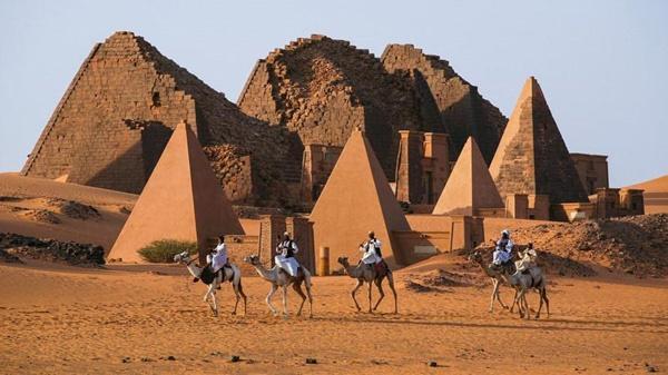 Những bí ẩn hại não về kim tự tháp Ai Cập-6