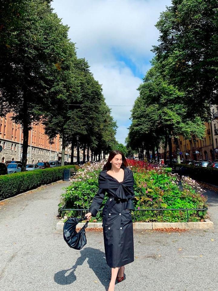 Kim Lý âu yếm Hồ Ngọc Hà tại Thụy Điển, fans chỉ mong nữ ca sĩ sớm trở thành dâu con trong nhà-1