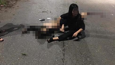 Xe máy kẹp 5 lao vào dải phân cách ở Thái Nguyên, 4 người chết-2