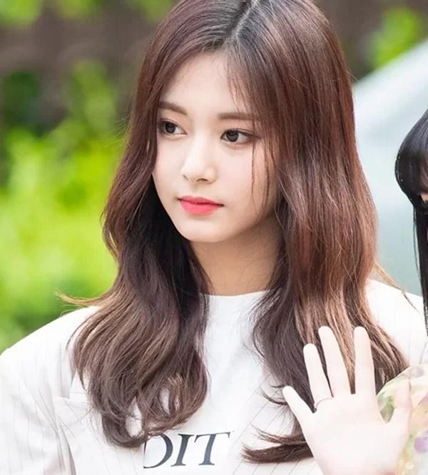 Netizen Hàn tranh luận Irene hay Tzuyu mới là visual đỉnh nhất Kpop-2