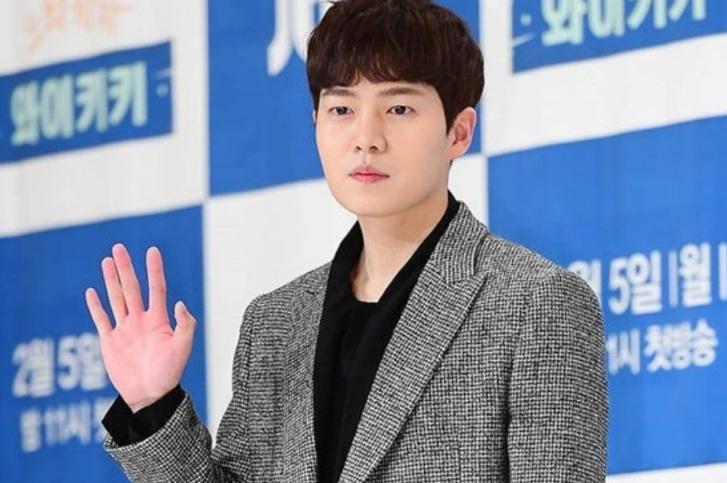Chẳng ăn diện cầu kỳ, BLACKPINK Jisoo vẫn đốn tim fans với vẻ ngoài xinh đẹp-7